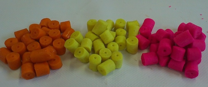 Colors carp pelets 12 a 17mm/250ml - ananas